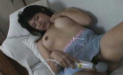 Asian with big pussy solo fingered