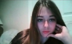 cute sexy teen babe masturbating on webcam