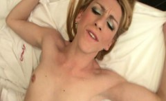 Hot Bareback Fuck of a Tranny to her Boyfriend