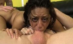 Wet girl sborrata in bocca