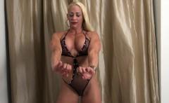 Female Bodybuilder Jill Jaxen Gets Naked