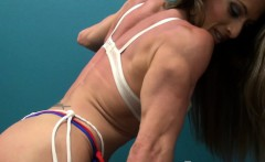 This Muscle Goddess Moves Like A Dancer