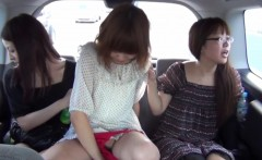 Spex asian pisses in car