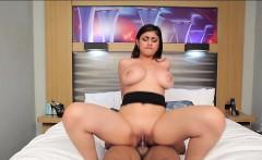 Middle Eastern chick Mia Khalifa fucked by black boner