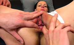 amateur cougar renate pussy fingering games in up close
