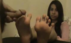 Cum on skinny Thai feet
