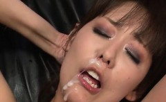Busty Asian beauty sure knows her stuff in Asian porn