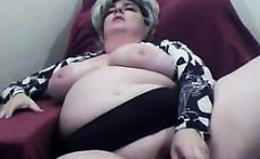 Mature And Horny BBW Masturbates