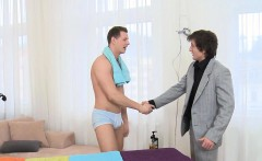 Sensual and pleasuring homosexual massage session