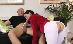 Mature brit in heels suck