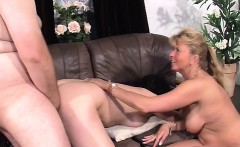 Experiend wife gives a couple sexual therapy
