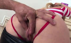mia malkova is flexible while getting pounded