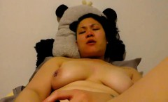 asian amateur mali toying and cumming