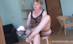 Blonde mature showing sexy body