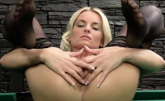 wicked czech girl opens up her juicy hole to the strange