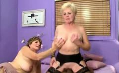 Mature mom loving big cock.
