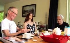 Amateur redhead milf pov xxx Minnie Manga eats breakfast wit