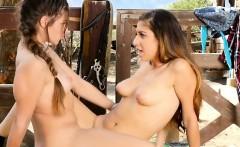 hot lesbian schoolgirls make each other squirt
