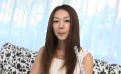 Naughty JP milf Sakura Hirota practices with fruit before