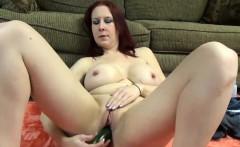 Lia Shayde fucks her mature pussy with veggies