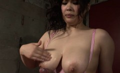 Chihiro Manaka is a Japanese sweetie with big natural