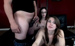 Amateur home threesome with cumshot