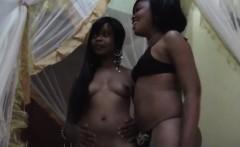 africanlesbians 7 7 217 maxi sajeda bedroom 1