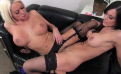 nikita von james and kendra lust lick each other