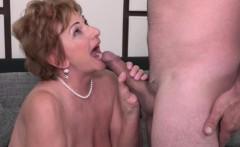 Kinky Mature Lady Fucking and Sucking