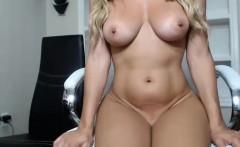 amateur dakota day flashing boobs on live webcam