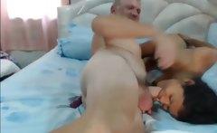 Thai rough blojob with older guy