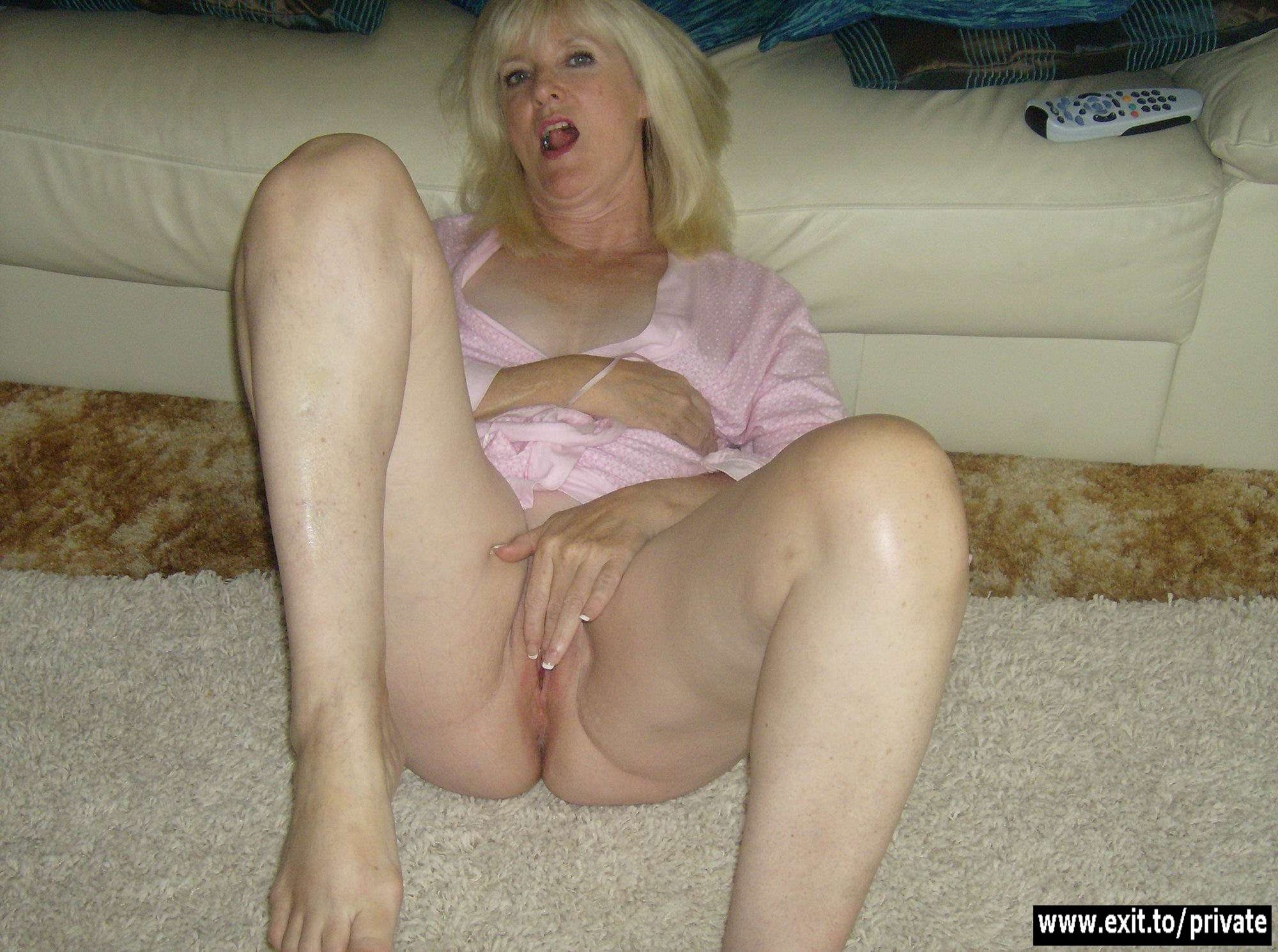 70 Porn see mature lady 70 porn in hd photo. daily updates - www
