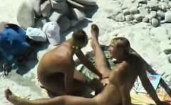 Voyeuring horny nudists on public beach