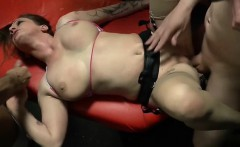 Tettona italiana awesome cumshot