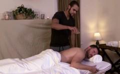 Gaybait masseur seduces mature hunk to fuck