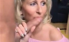 Blonde mature have excellent expertise in sucking cocks