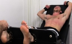 Mobile porn gay muscle men tumblr Kenny Tickled In A Straig
