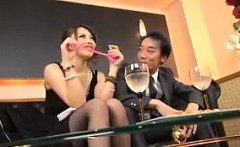Japanese brunette gives a great amateur handjob