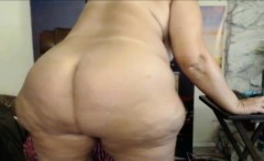 Horny fat old amateur dude jerks off solo