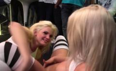 Hot Lesbians put on a PUBLIC Show