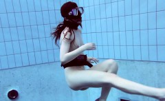 Roxalana Chech in scuba diving in the pool
