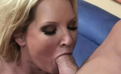 Naughty blonde wants to get shagged