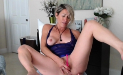 Sweet Blonde Chick Plays With Her Cooter And Squirts Hard