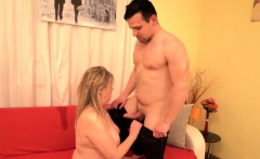 Curvy housewife Bella doing her toyboy