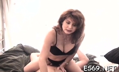 Curvaceous darling can't get enough of fuck