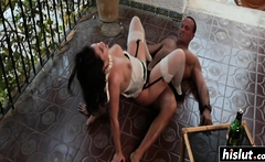 Leyla bounces on a thick dick
