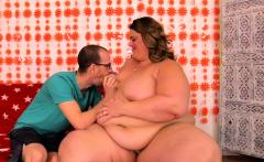 SSBBW Erin Green Gets Railed by Tiny BF