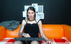 Stunning Shemale Masturbating Live On Cam
