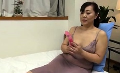 Hot hairy mature with big nipples