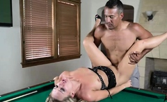 MILF Tucker Stevens bargain her pussy